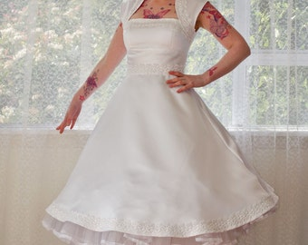 1950s 'Veronica' White Wedding Dress with Guipere Lace trim - Custom Made to Fit