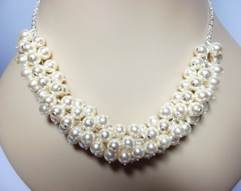 Pearl Cluster Necklace, Wedding Jewelry, Bridesmaid, Mom Sister Jewelry, Christmas Gift, Classic Elegance