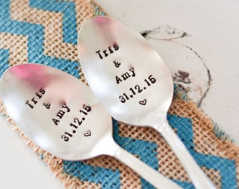 Custom Wedding Spoons - Vintage Silver Plate set of 2 Spoons - Wedding Date Name Anniversary Date - Engagement Gift - Mr & Mrs Cake Spoon