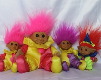 Vintage clown trolls