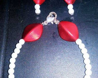 Red and white pearl drop earrings