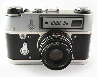 FED 5B Russian Soviet 35mm Film Leica Copy Rangefinder Camera Industar-61LD Lens