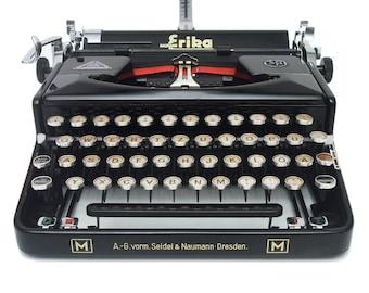 RARE Erika M Typewriter - Fully Working - Serviced - Erika Meisterklasse from 1940 - Glossy Black Typewriter with Glass Keys