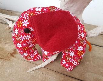 Spelt spelt Pillow Dumbo made of red corduroy filled with spelt glumes