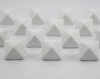 50 pcs. White Pyramid Studs Biker Spikes spots nailheads 11 mm. CKSP111