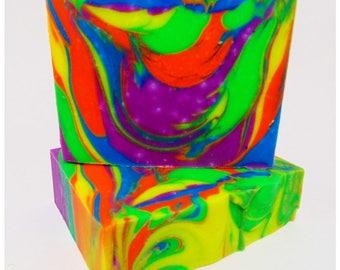 Bubblegum Scented Handcrafted Artisan Soap - 1 Bar 300038