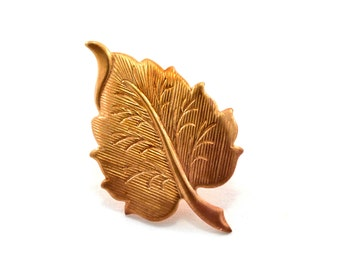 Leaf Pin, Autumnal Brooch, Autumn Jewelry, Lapel Pin, Tie Pin, Woodland Pin, Fall Pin