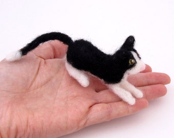 Felt cat black & white - Needle felted miniature pet