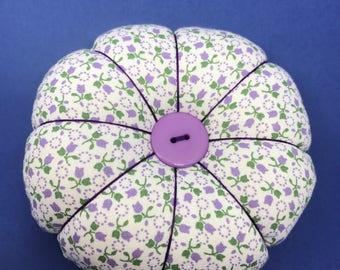 Purple Flower Pincushion, Small Round Pincushion, Classic Pincushion, Pin and Needle keeper, Pincushion with decorative pins