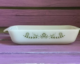 Vintage Retro Glassbake Heavy White Milk Glass Rectangle Baking Casserole Dich Pan Avocado Green Daisy Floral Design on One Side -Marked 427