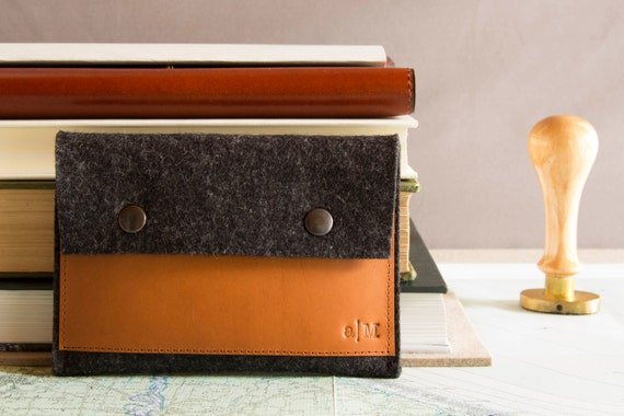 Felt and leather PASSPORT WALLET, passport case, charcoal and tan, wool felt, handmade, made in Italy