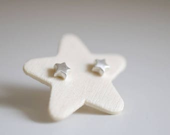 Mini Star earrings. Sterling silver small Star earrings. Star earrings, Star studs, silver Star studs, tiny Star earrings, mini Stars.