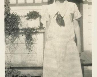 vintage photo 1924 Cute Young Lady Short Flapper Hair Cut Sailor Dress Sweet SMile