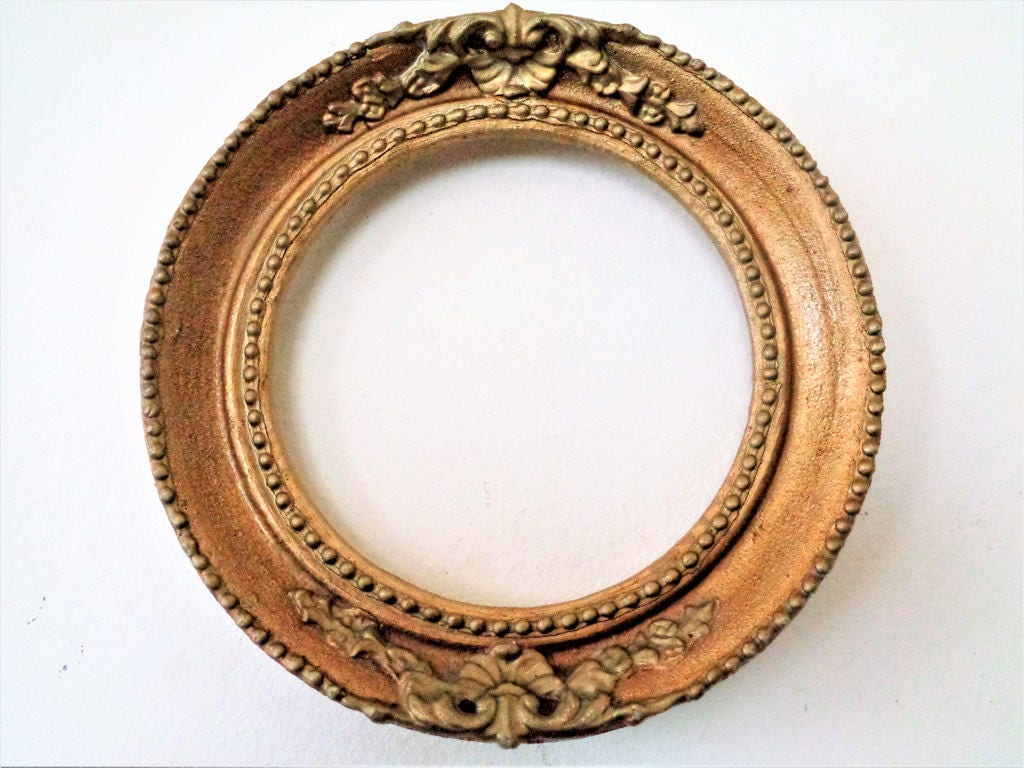 Vintage gold frame gold wood and plaster gilded picture frame sold by laboutiquedevalentin jeuxipadfo Images