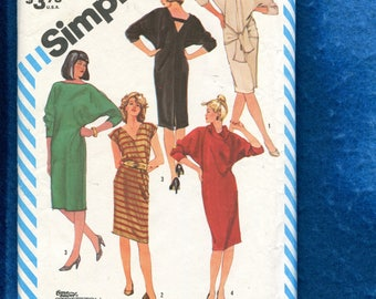 1983 Simplicity 6239  T Shirt Dress with V Neck Boat Neck or Cowl Neck Size 10..12..14