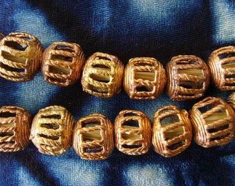 8 beads African brass BB17