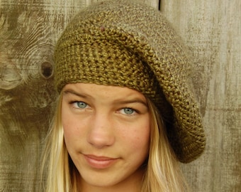 Green crochet beret