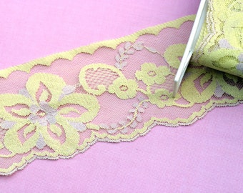 Vintage Wide Floral Lace  Trim Yellow and Beige
