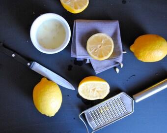 Cloth Napkins, Spring Table Decor - SET of 4 in Silver Gray - Soft Cotton Cloth Napkins - Kitchen, Food Napkins