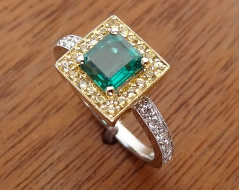 Natural Untreated Emerald & Yellow Sapphire and Diamonds Solid 18k Yellow / White Gold Ring Vintage / Antique Style