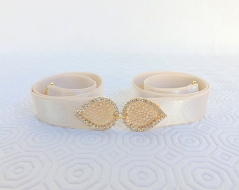 Ivory elastic waist belt. Gold filigree rhinestone leaf buckle. Crystals belt. Bridal/ Bridesmaid waist belt. Wedding belt.