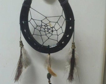 Horse Shoe DreamCatcher - black with feathers