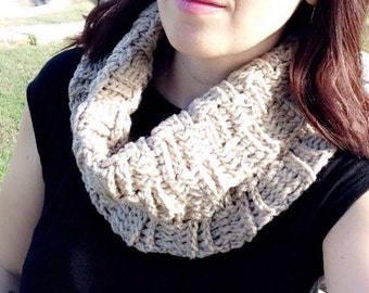 Basketweave crochet cowl