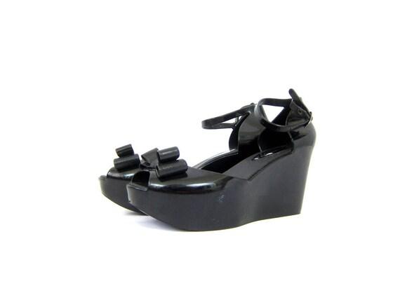 Vintage Platform Sandals Goth Shiny black patent sandals BOWS and Ankle Straps Grunge Punk Pin Up Girl Shoes Women's Size US 10 EU 41