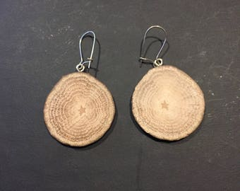 Earrings made of hardwood (oak)