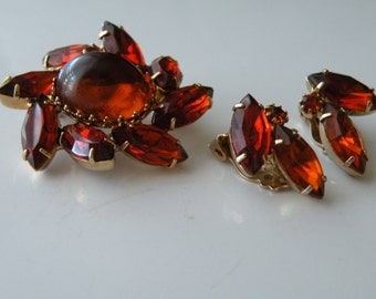On Sale Amber Topaz rhinestones tall glass cabochon  brooch pin clip-on earrings.  Set