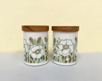 Hornsea Pottery 'Fleur' salt and pepper shakers