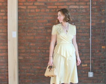 70's Vintage || Pale Yellow Day Dress || A Line Faux Wrap Dress || Peplum Dress || 0482