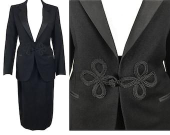 GUCCI Vintage Black 1970s Two-Piece Smoking Jacket Suit sz IT38 High Waist Skirt and Blazer Set
