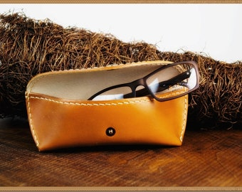 Elegant eyeglasses case, gift for father , leather glasses case, sunglasses case, case for glasses, eyeglasses accessory,
