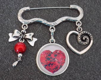 Brooch silver heart and bow