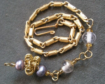 Vintage Swing Peacock Pearl and Gold Chain Bracelet