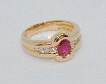 18K Gold / beautiful 18 K (750) yellow gold ring - Diamond * Ruby * size 58 * 8.30 grams
