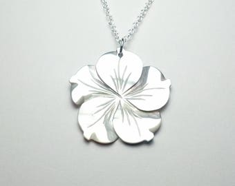 Beautifully Handcrafted Polished Natural 30mm Black Lip Shell Flower Pendant Sterling Silver Necklace Great Love Gift