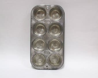 "Vintage Ekco Muffin Tin, Ovenex Starburst Baking Pan, 8 Mini Holes Sunburst 10.5"" x 5.5"""