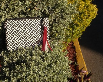 Black and White Clutch Purse-Clutchbag-Black and White purse-Wristlet- purse-gift for her,
