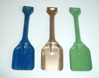 Vintage Toy Miniature Cracker Jack Tin Toy Shovel Dig Prize Collectible Free Shipping