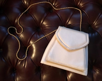 Frenchy of California Cream Leather Purse with Gold Chain