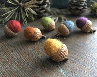 Felted wool acorns, set of 6, Earth Tones Rainbow, rainbow felt acorns, Waldorf color sorting, Montessori color sorting toy, preschool gift