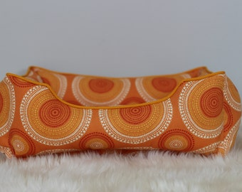 Handcrafted dog or cat bed. Made for your best friend. Style: Orange Medallion