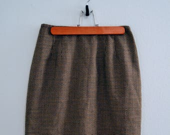 90s vintage skirt /  high waisted skirt / plaid pencil skirt