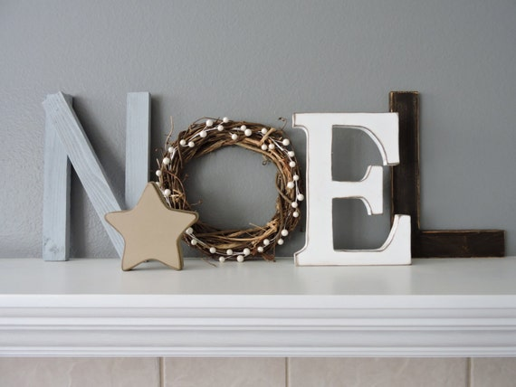 Noel wood letters christmas decor rustic wood noel sign for Decoration 9 letters