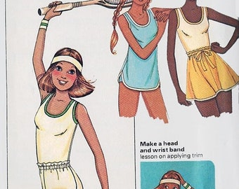 ON SALE Vintage 1970s U Shaped Tank Top Trsck Shorts Skirt and Headband, Wristband Sewing Pattern Butterick 6572  70s Retro Pattern Size 14-