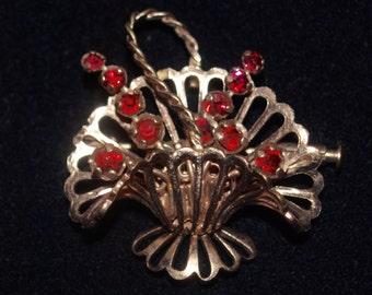 Darling 1950's French Basket Pin