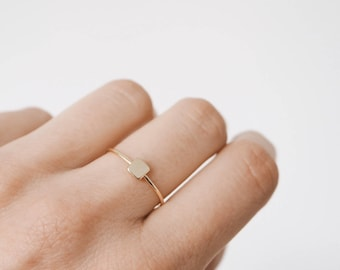Simple stacking ring, gold ring, stacking ring, simple ring, minimalist jewelry, R077