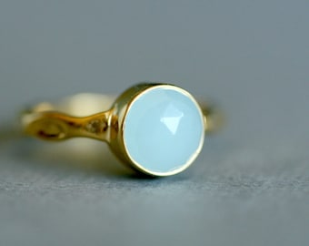 Dainty Blue Ring - Chalcedony Ring - Solitaire Blue Ring - Blue Aqua Ring - Round Cut Gold Ring - Stacking Blue Gemstone Ring - Minimal Ring